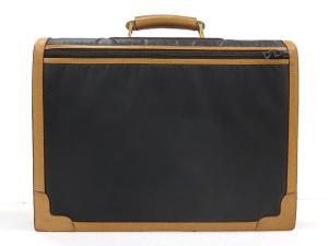 ハンティングワールド HUNTING WORLD バチュークロス ブリーフケース ビジネスバッグ 書類鞄 ☆の買取実績