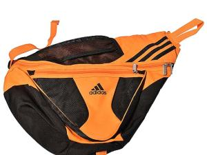 アディダス adidas ショルダーバッグ ボディ スポーツ オレンジ 黒 トライアングル 161017の買取実績