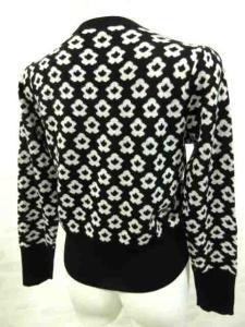 エムズグレイシー M'S GRACY カーディガン ニット 花柄 ビジューボタン ウール混 長袖 黒×白 40の買取実績