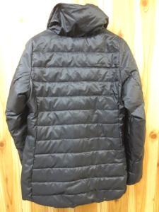 ナイキ NIKE シェイプ ダウン ジャケット コート S 黒 秋冬 レディースの買取実績