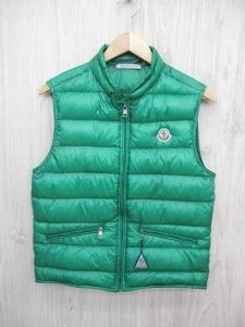 モンクレール MONCLER ダウン ベスト ジャケット ブルゾン ジップアップ ロゴ ワッペン 1 緑 グリーン メンズ メンズ