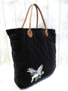 未使用品 【TOYO ENTERPRISE/東洋エンタープライズ】 japan&イーグル刺繍 ベロア調 キルティング トートバッグ 黒 βC61の買取実績