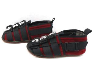 【TAO COMME des GARCONS/タオ コムデギャルソン】 ストーン サンダル XS レッド シューズ 赤 かわいい クツ 靴 ラインストーンの買取実績