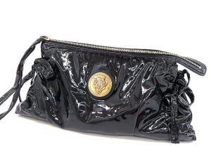 グッチ GUCCI ☆AA★ エナメル クラッチ バッグ 黒 ブラック ロゴ 金プレート パーティ かばん 鞄