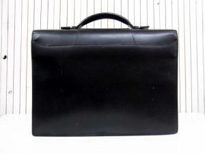【Cartier/カルティエ】 トラディション レザービジネスバッグ/ブリーフケース/書類かばん/黒/ブラック/革/フランス製/フラップ/鞄の買取実績
