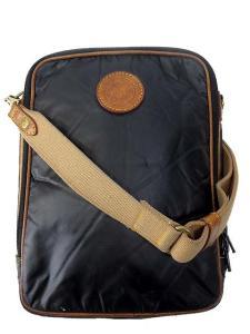 ハンティングワールド HUNTING WORLD バチュー ナイロン ショルダー バッグ ポーチ 斜めがけ 黒 ブラウン系 メンズ