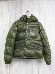 モンクレール MONCLER アウター ダウンジャケット コート 上着 カーキ 1 無地 シンプル 温かい 防寒 難あり メンズ