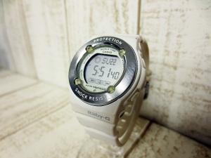 【Baby-G/ベビージー】 BG-1300 ShockResist デジタル腕時計 10BAR 白 a1