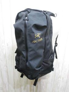 美品【ARC'TERYX/アークテリクス】 ARRO22アロー22 バックパック/リュックサック 黒;大容量 バッグ 正規