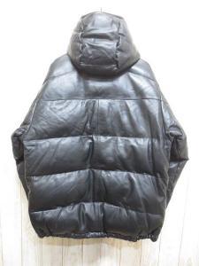 未使用品 バル bal ラムレザー ダウン ジャケット XL 黒 羊革 ダブルジップ マグネットボタン フード 裏地付き ブルゾン コート アウター バランスの買取実績