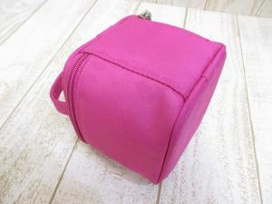 美品 ジバンシィ GIVENCHY ダイヤ柄 ラインストーン 化粧 ポーチ ピンクの買取実績
