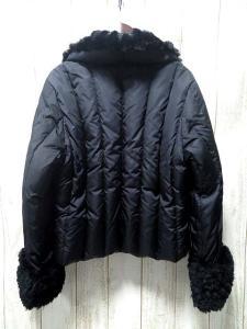 アンナモリナーリ ANNA MOLINARI ダウンジャケット キルティング ファー付き ジップアップ 黒 42の買取実績