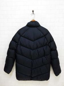 ナイキ NIKE ダウン ジャケット ロゴ刺繍 L 黒 ブラック ジップアップ 長袖 国内正規品 レディースの買取実績