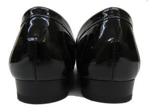 未使用品 ダイアナ DIANA ローファー エナメル ポインテッドトゥ レザー メタリック加工 24 黒 ブラック C54464 レディースの買取実績