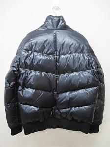 ビームス BEAMS ダウンジャケット コート 中綿入り ジップアップ 黒 M B5592の買取実績