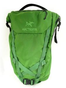 アークテリクス ARC'TERYX リュック デイパック バックパック spear20 ロゴ 緑 美品※M-4843の買取実績