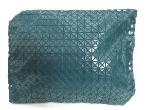 バオバオ イッセイミヤケ BAOBAO ISSEY MIYAKE クラッチバッグ 中綿 ラウンドファスナー グリーン 緑 美品の買取実績