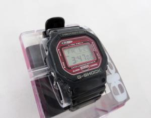 ジーショック G-SHOCK CASIO G-SHOCK ブラックフライ2ndコラボ スピードモデル 二次電池交換済み DW-5600EF-1T 遊環非純正 黒×赤 ブラック×レッド