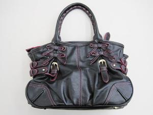 サマンサベガ Samantha Vega 2wayハンドバッグ ショルダーバッグ 小さめ リボン ピンクステッチ 黒 ブラックの買取実績