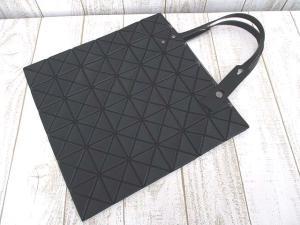 バオバオ イッセイミヤケ BAOBAO ISSEY MIYAKE 極美品 Lucent トートバッグ 黒 ブラック ハンドの買取実績