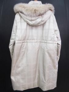 バルマン BALMAIN ロング ダウン コート チェック柄 フォックスファー シルク 白系 L ※HYの買取実績
