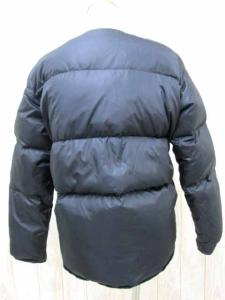 アクネ Acne ダウンジャケット ショート丈 ノーカラー ボタン ジップアップ 34 黒の買取実績