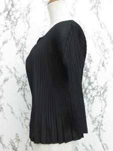 プリーツプリーズ PLEATS PLEASE カーディガン ジャケット 七分袖 プリーツ 黒 ブラック 1111 IBS レディースの買取実績