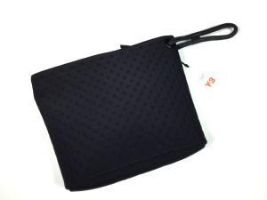 未使用品 ワイスリー Y-3 エンボス加工 クラッチバッグ ブリーフケース ロゴ レザーパッチ ブラック 黒の買取実績