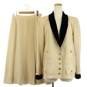 シャネル CHANEL ヴィンテージ スーツ セットアップ 上下 ニット ショールジャケット ココマーク 金ボタンの買取実績